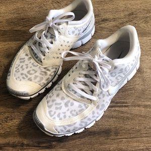 Nike Free silver white cheetah print sneakers
